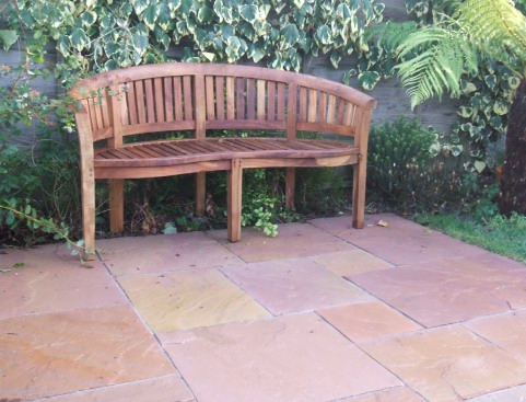 Patio built using sahara paving in a mixed random design