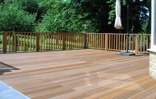 Hardwood deck with balustrade